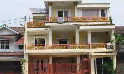 Iklan Dijual Rumah Di Bendungan Hilir, 10 Miliar an Rumah Minimalis 3 Lantai- View City