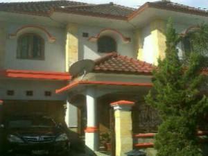 rumah dijual di Green Garden