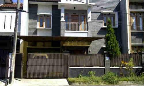 Rumah Dijual Di Raffles Hills, 2 Miliar Harga Termurah- Dibawah Harga Pasaran
